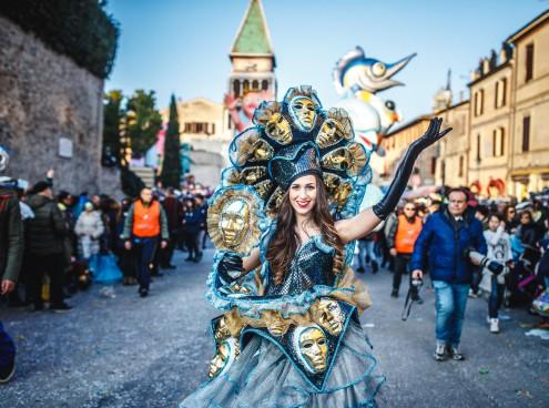 I parchi sfilano al Carnevale di Fano